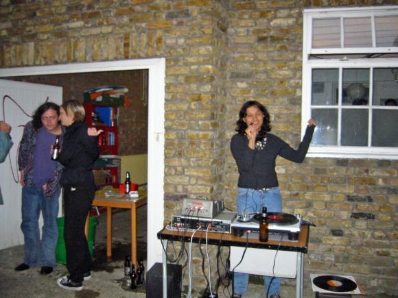 B-Lo ― B-Lo Karaoke (2002)