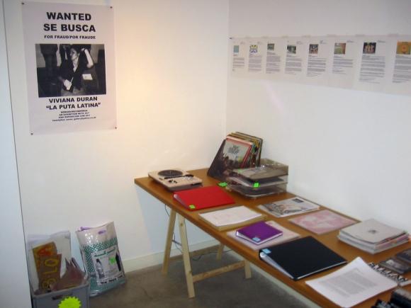24/7- Wanted La Puta Latina + Pablo Leon de La Barra - Espacio Para Ver Videos + Vinyl collection + Press releases + Portfolios + Printed matter