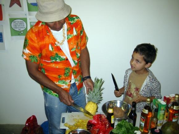 Oswaldo Macia ― Tropical Cocktails & Flirty Barman (2002)