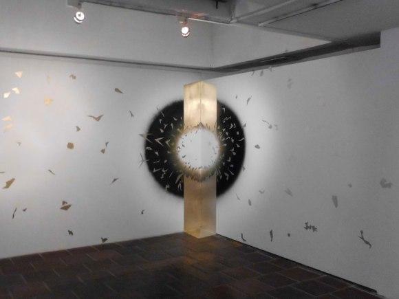 Orlando Rojas — Esfera de Luz Escapando del Agujero Tridimensional (2013)