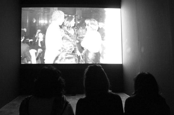 Colectivo Reproducciones — No Traje Traje (o la Soledad de un Olvido) (2012)